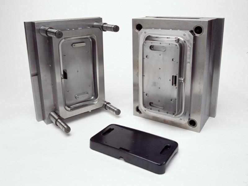 Cómo se hace un molde para fabricar envases de plástico